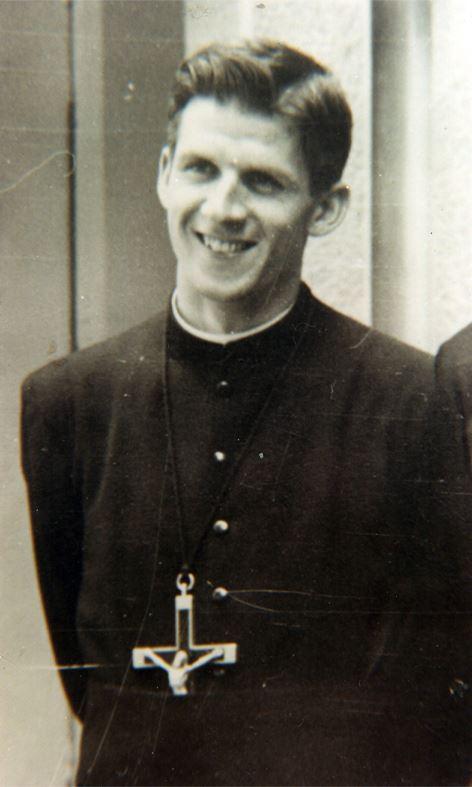 blaženi Mario Borzaga - duhovnik, redovnik, misijonar in mučenec
